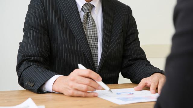 医師の給与条件交渉を代行